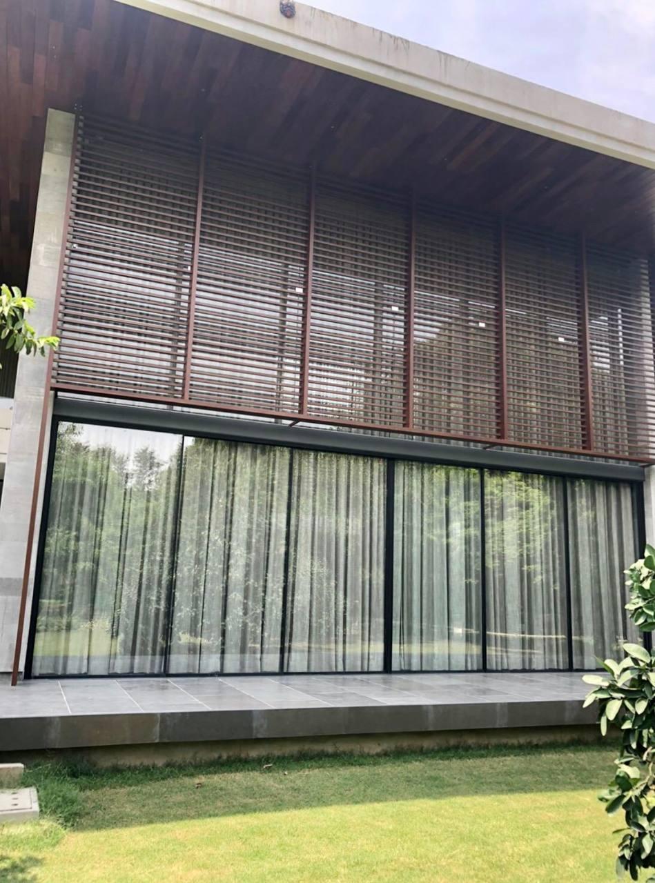 Facade- Aluminium screen- Chhatarpur farmhouse 5